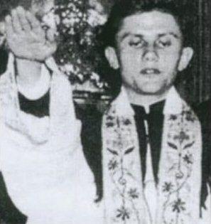 pope-benedict-nazi-salute.jpg